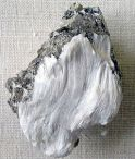 240px-Asbestos_with_muscovite